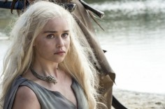 [NSFW] HBO – Game of Thrones – Season 6 (Red Band Trailer)